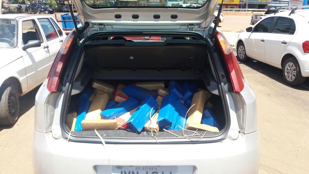 Polícia apreende cerca de 100 kg de maconha fornecidos por traficantes de Goiás