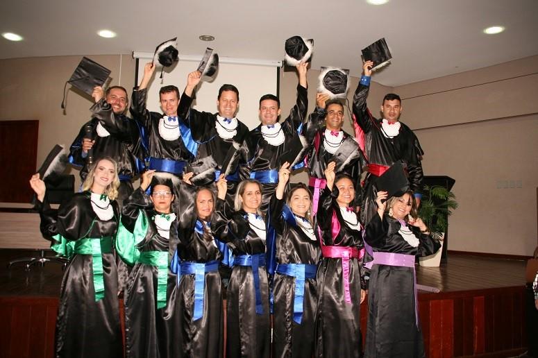 Unitins forma 121 novos profissionais por meio da UAB