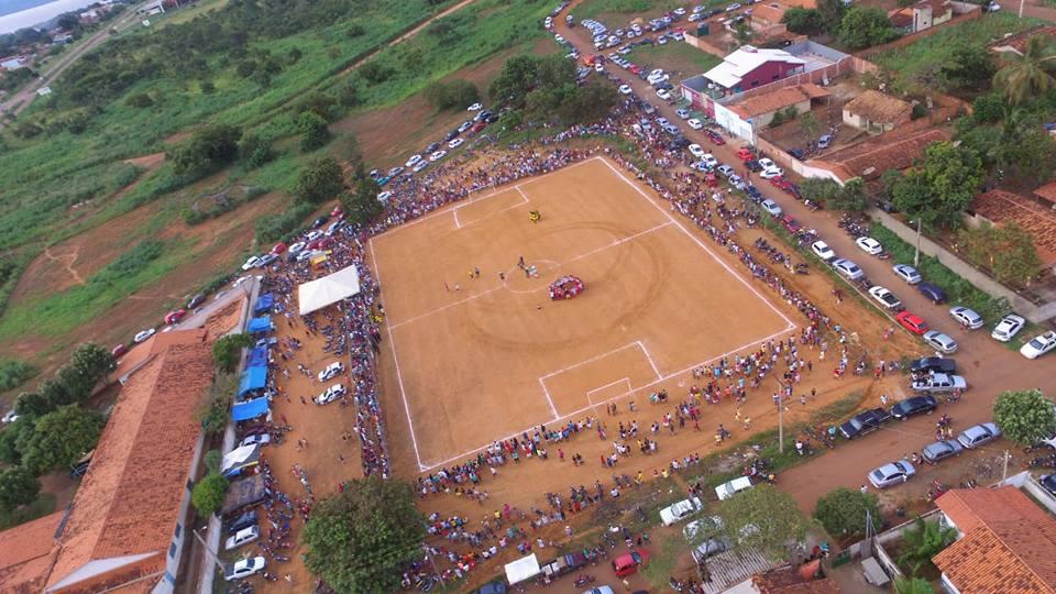 Mais de duas mil pessoas prestigiam final de campeonato de futebol apoiado pela Prefeitura de Porto Nacional