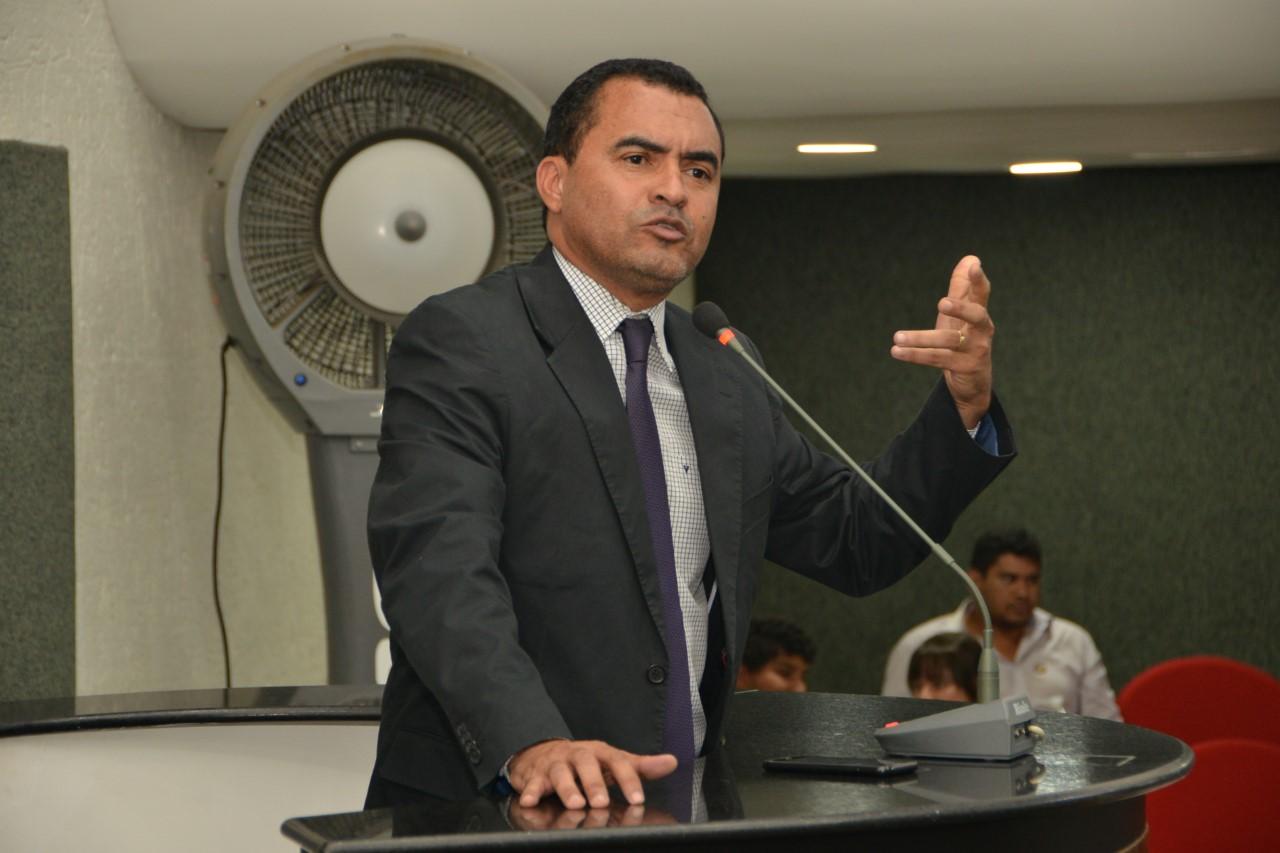 Wanderlei Barbosa vai solicitar Audiência Pública para debater limites e condições da pesca no Tocantins