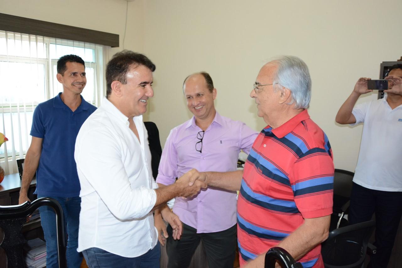 Moisés Avelino recebe a visita do deputado estadual Eduardo Siqueira Campos