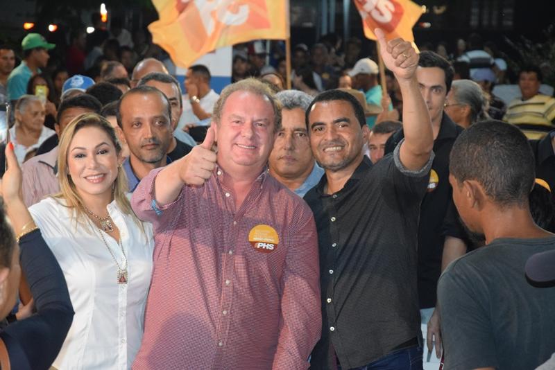 Porto Nacional recebe com euforia Mauro Carlesse para IV Encontro Regional Municipalista do PHS