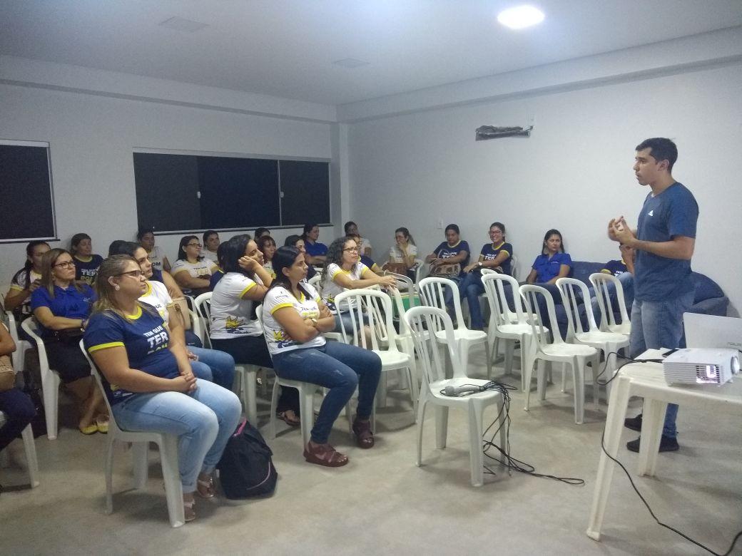 Professores da Escola Raio de Sol recebem treinamento de primeiros socorros em Paraíso