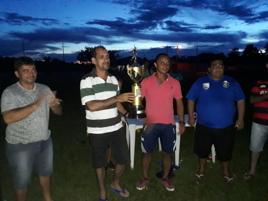 Besouro comemora 1º lugar no Torneio de Futebol Society de Monte Santo