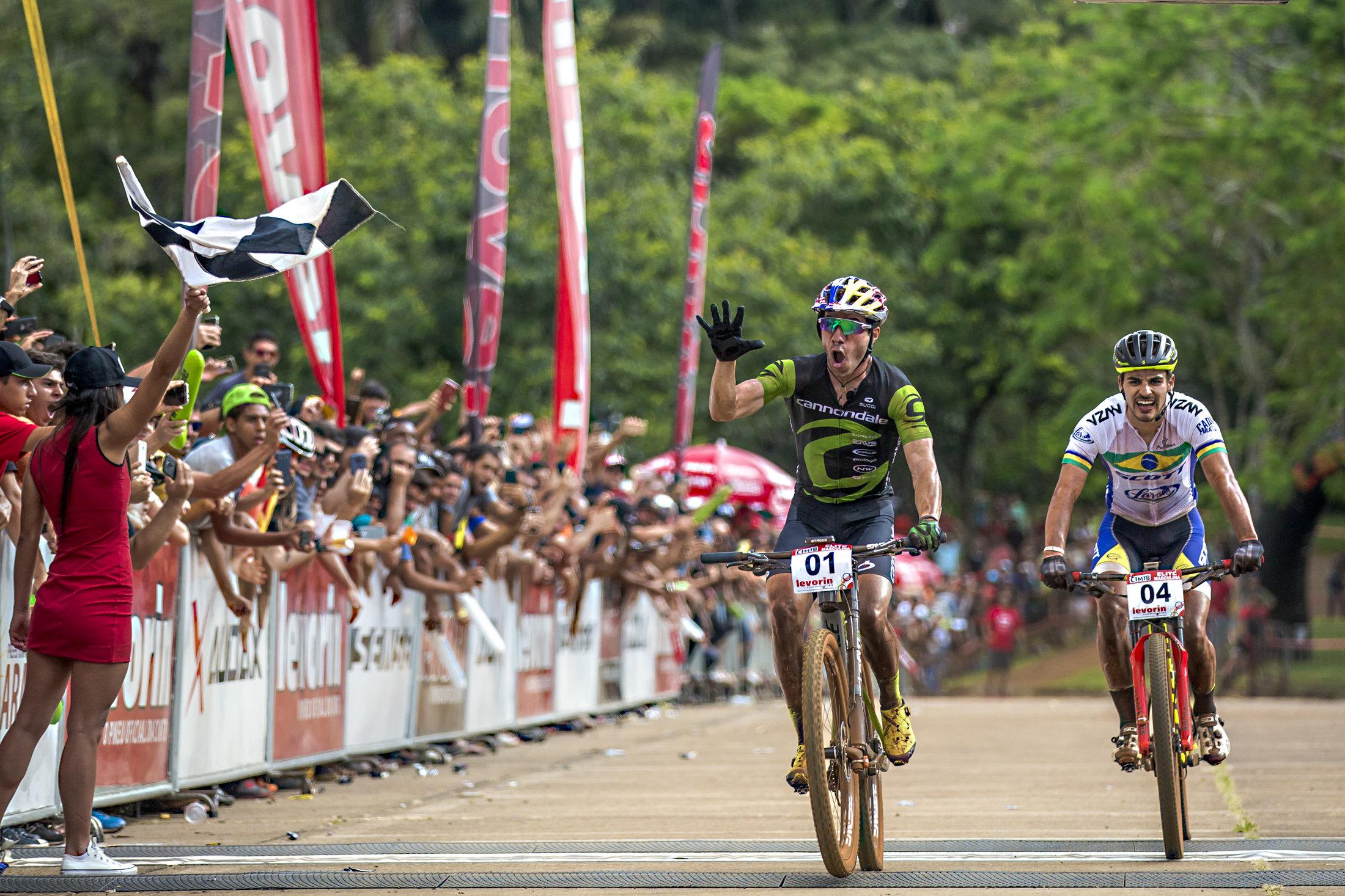 Líderes nos três estágios, Brasil e EUA são campeões da CIMTB Levorin
