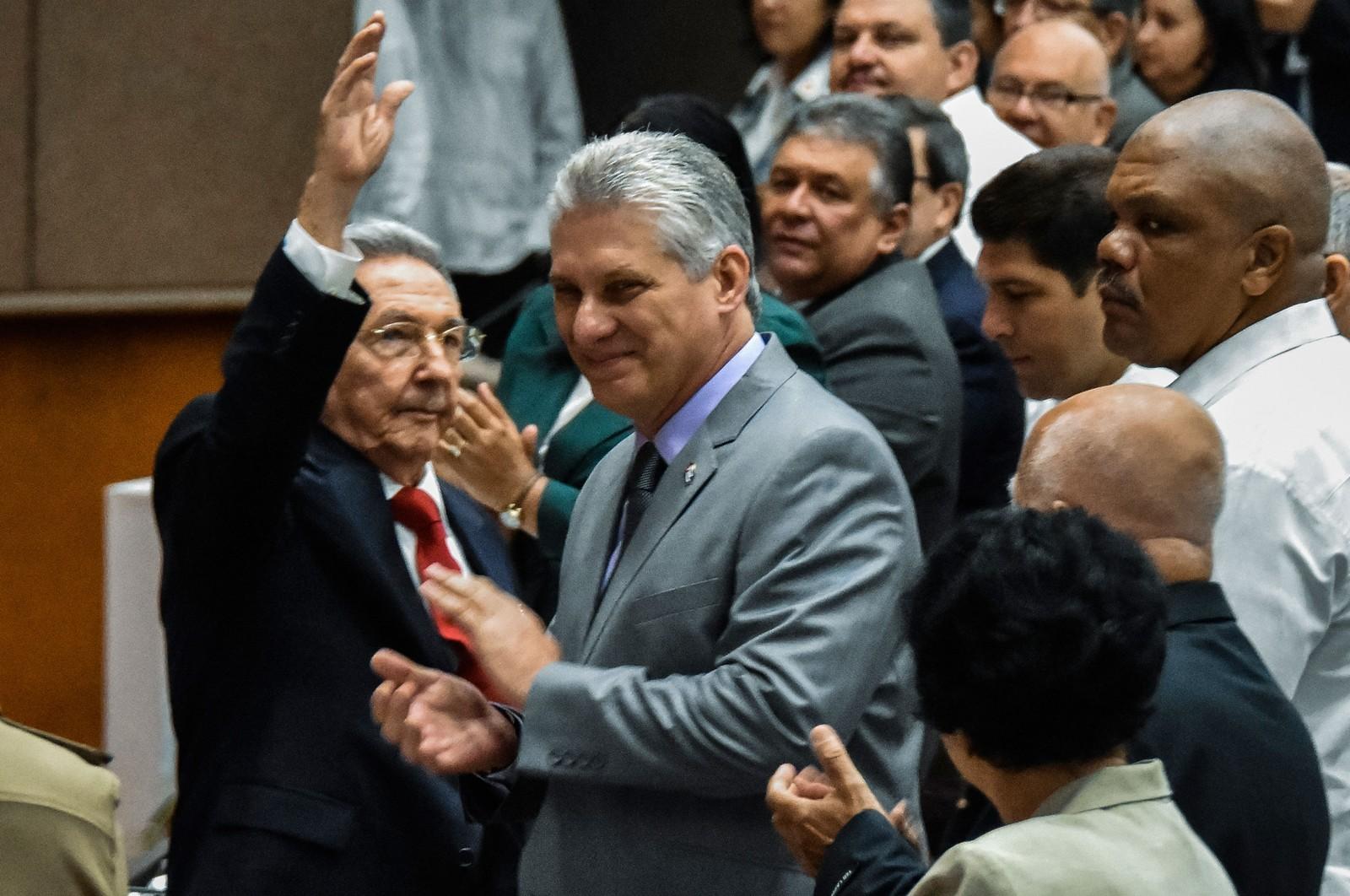 Miguel Díaz-Canel é indicado oficialmente como único candidato a sucessor de Raúl Castro