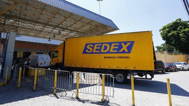 Correios suspendem serviço de Sedex por conta da paralisação dos caminhoneiros