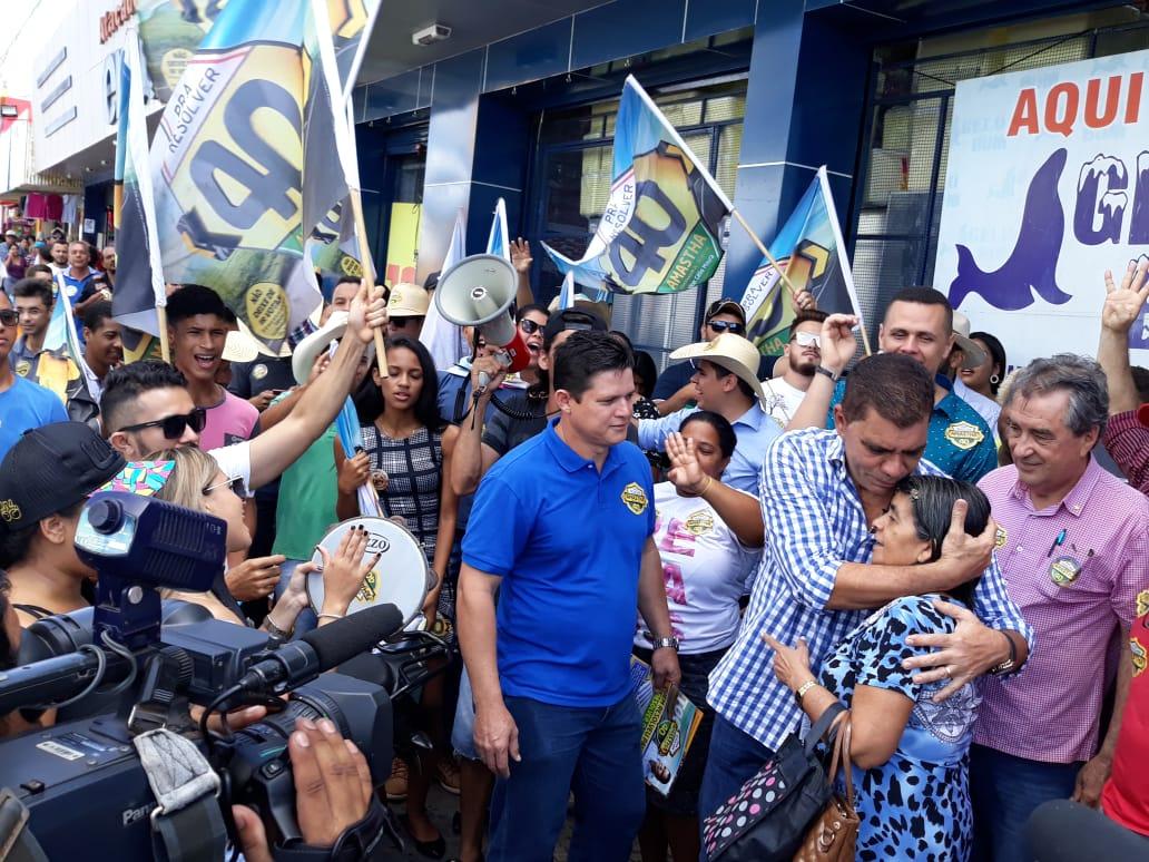 """Em Araguaína, Amastha garante ajuda ao prefeito Dimas: """"Sei o que é administrar sem o governo do lado"""""""