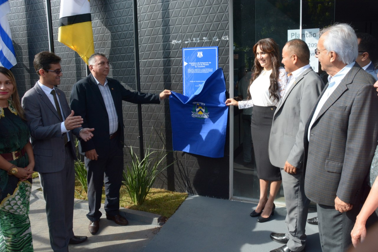 Prefeito Moisés Avelino e vice Celso Morais participam da inauguração do Complexo da Polícia Civil em Paraíso