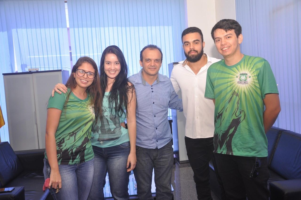 Prefeito Joaquim Maia recebe integrantes da Associação Atlética Guerreira de Medicina do ITPAC com o intuito de fortalecer parceria