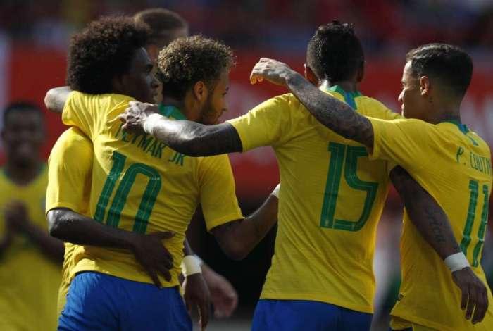 Brasil vence Áustria por 3 a 0 em último amistoso antes da Copa do Mundo