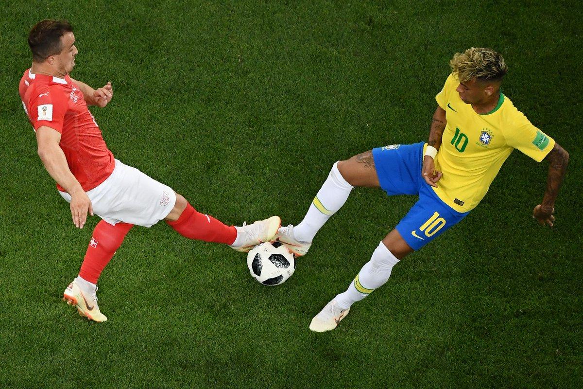 Brasil tropeça no primeiro jogo da Copa