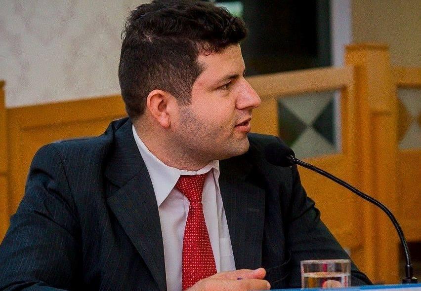 Vereador Ataide Rodrigues de Paraíso comemora aniversário e se dispõe pré-candidato a deputado estadual