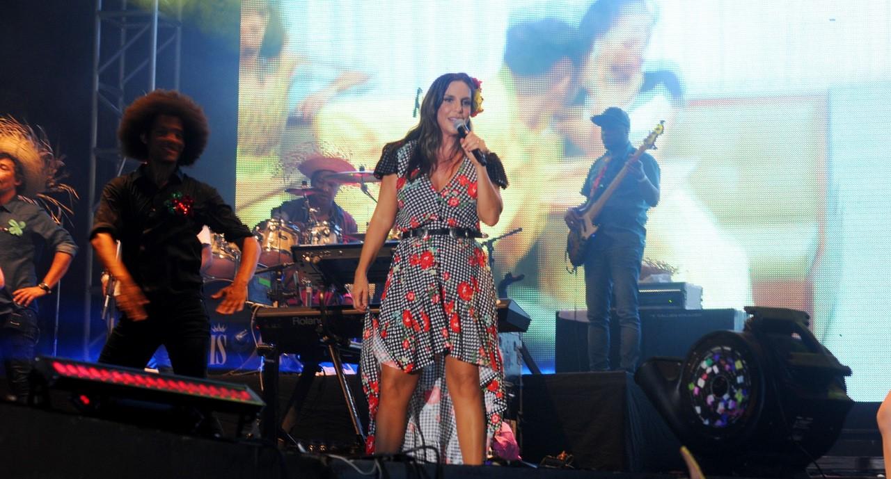 """""""Música na Band"""" apresenta show de Ivete Sangalo nesta sexta-feira (14)"""