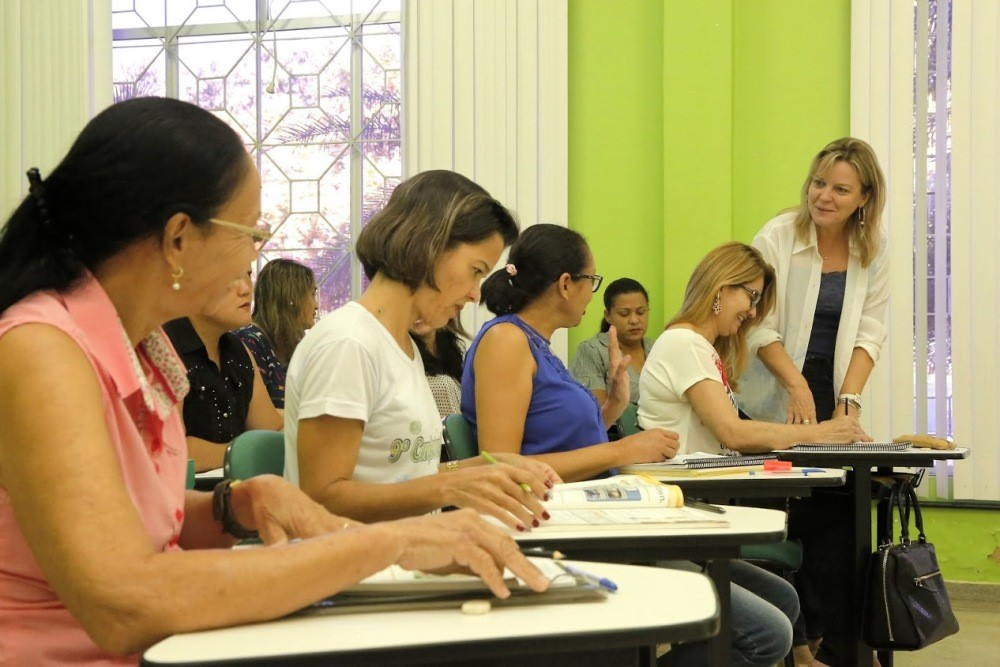 Centro de Línguas abre mais de 300 vagas para cursos gratuitos em Palmas
