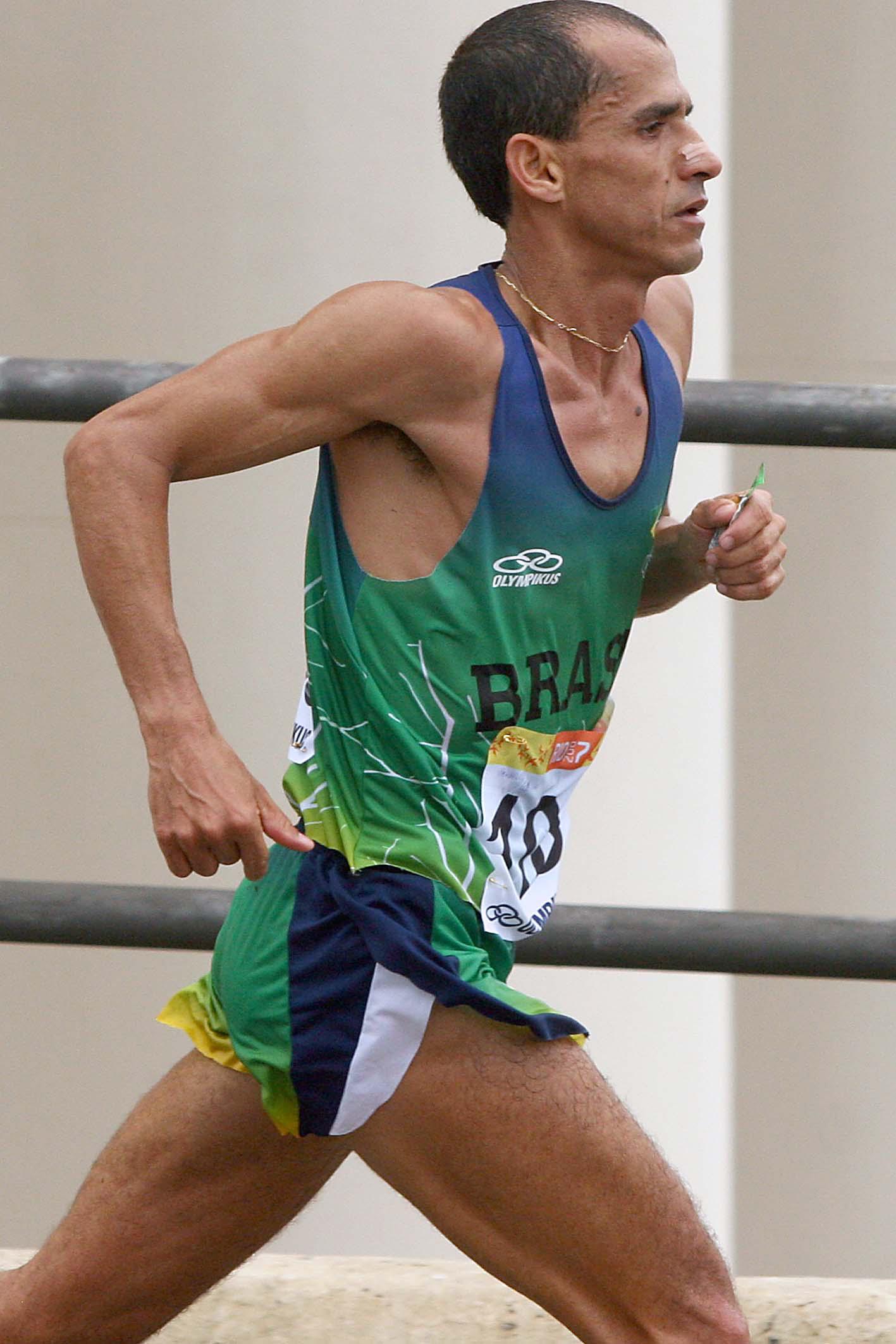 Vanderlei Cordeiro de Lima prestigia etapa do Recife do Circuito CAIXA