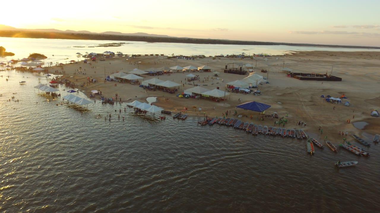 Abertura da Temporada de Praia 2018 em Araguacema teve shows e campeonato de vôlei