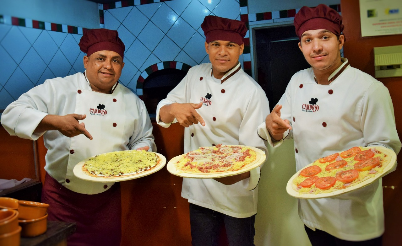 Rodízio da Cardoso Pizza e Cozinha acontece quatro vezes por semana neste final de ano em Paraíso (TO)