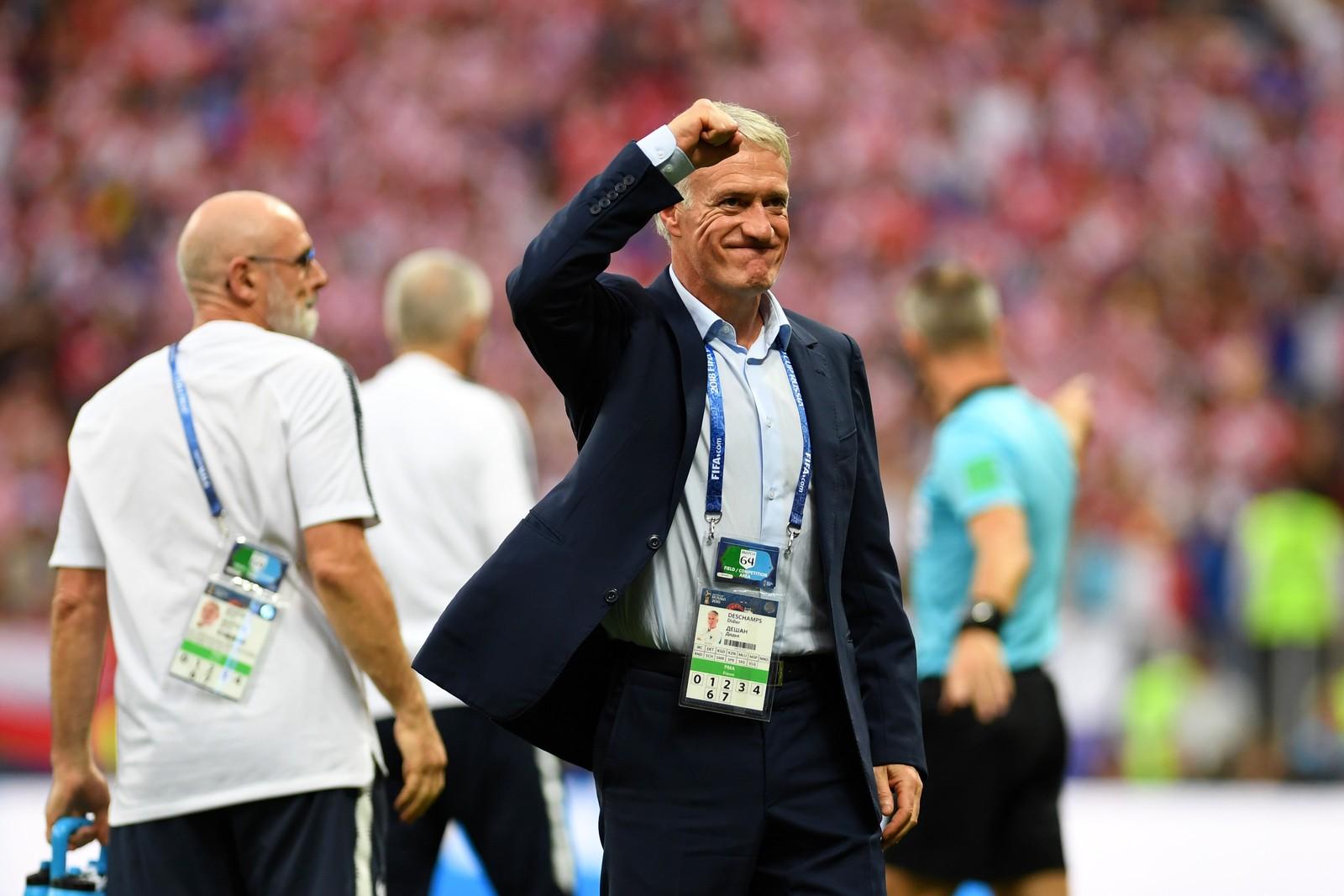 Deschamps iguala Beckenbauer e Zagallo e é campeão como técnico e jogador