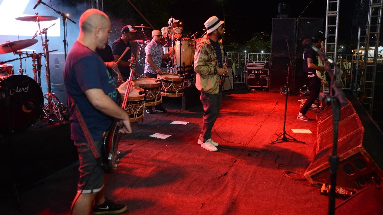 Show com Nação Zumbi emociona público do PMW Rock Festival