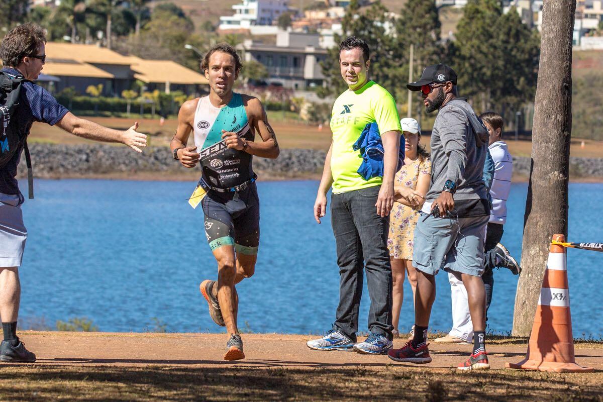 Triatletas Shimano são favoritos em prova deste fim de semana em Ilhabela (SP)