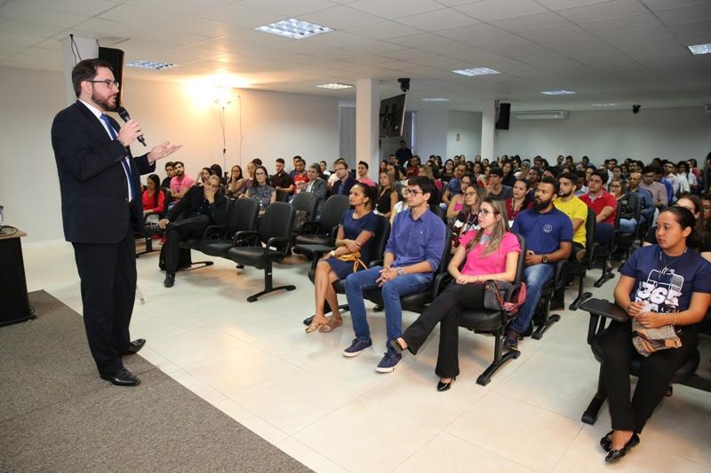 TJTO celebra Dia do Estagiário com valorização profissional