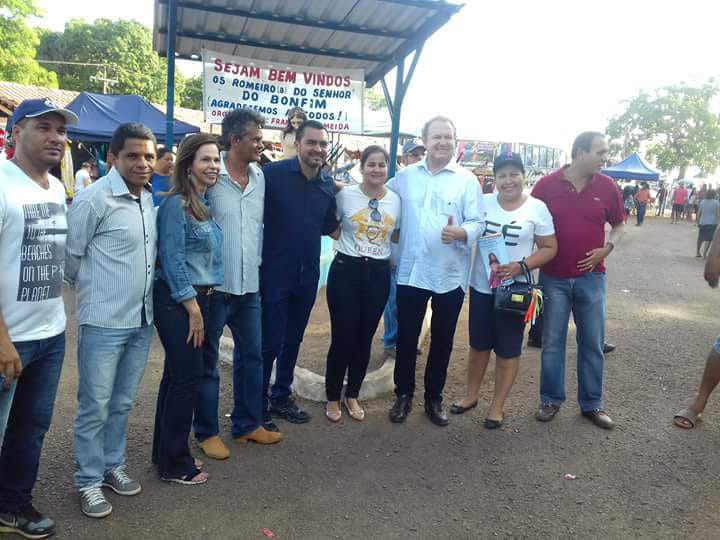 Prefeita de Araguacema recebe governador Carlesse e deputada Dorinha no Senhor do Bonfim