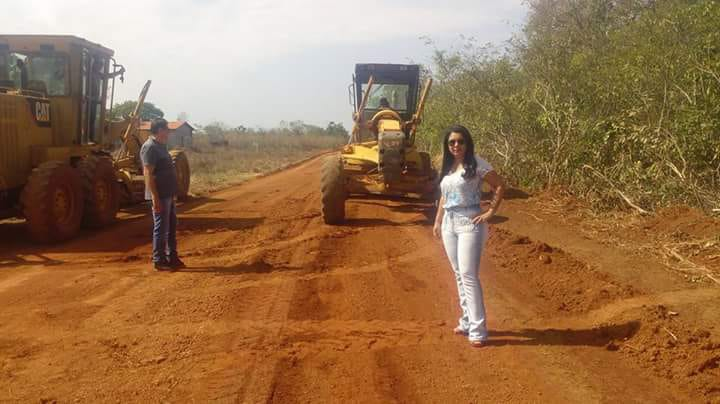 Prefeitura de Caseara recupera vias e constrói mata-burros na zona rural