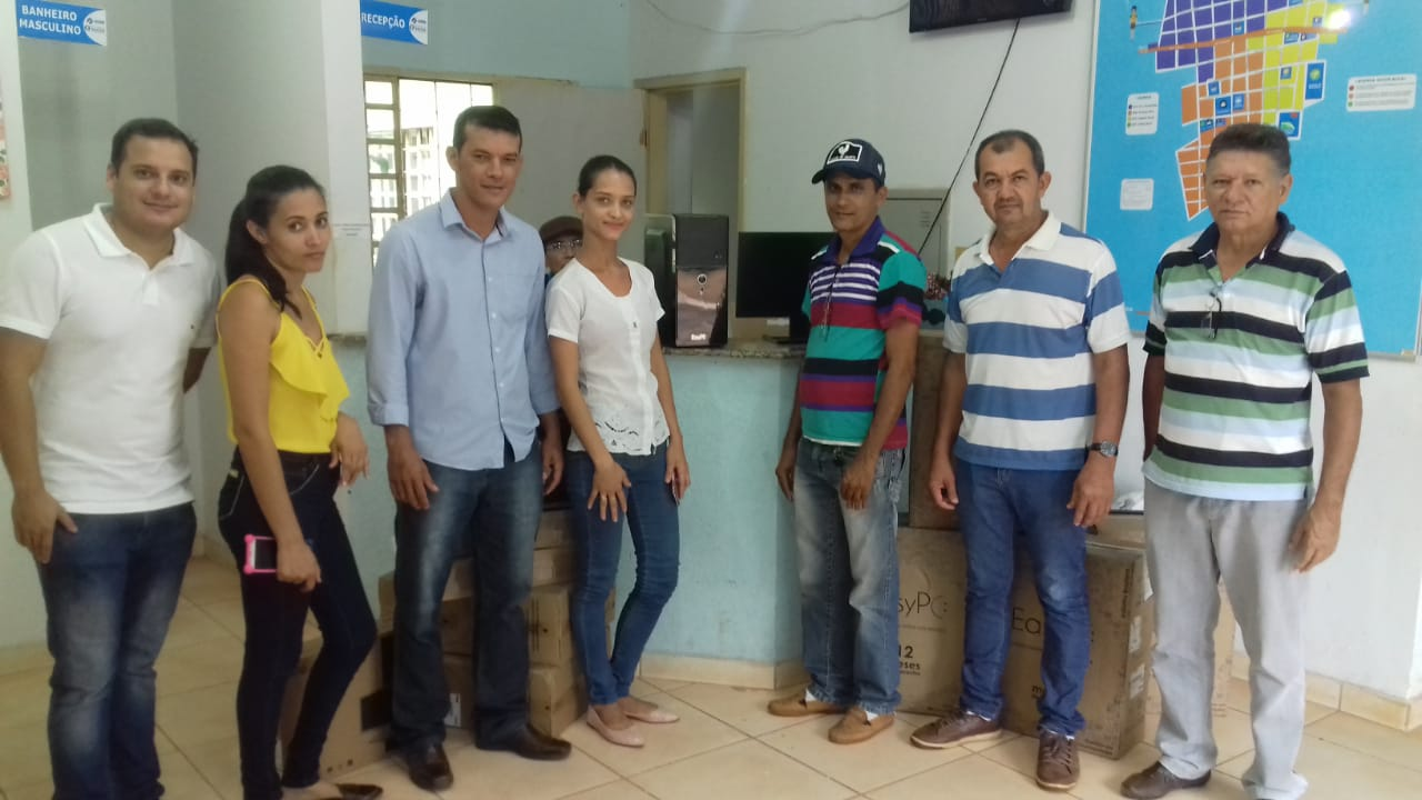 Prefeitura entrega equipamentos de informática para UBS de Marianópolis (TO)