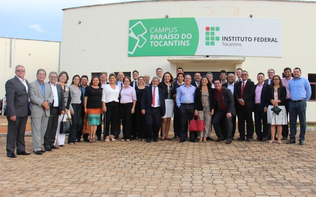 Mais de 30 reitores e pró-reitores de institutos federais do Brasil visitam Espaço Kids do Campus IFTO Paraíso