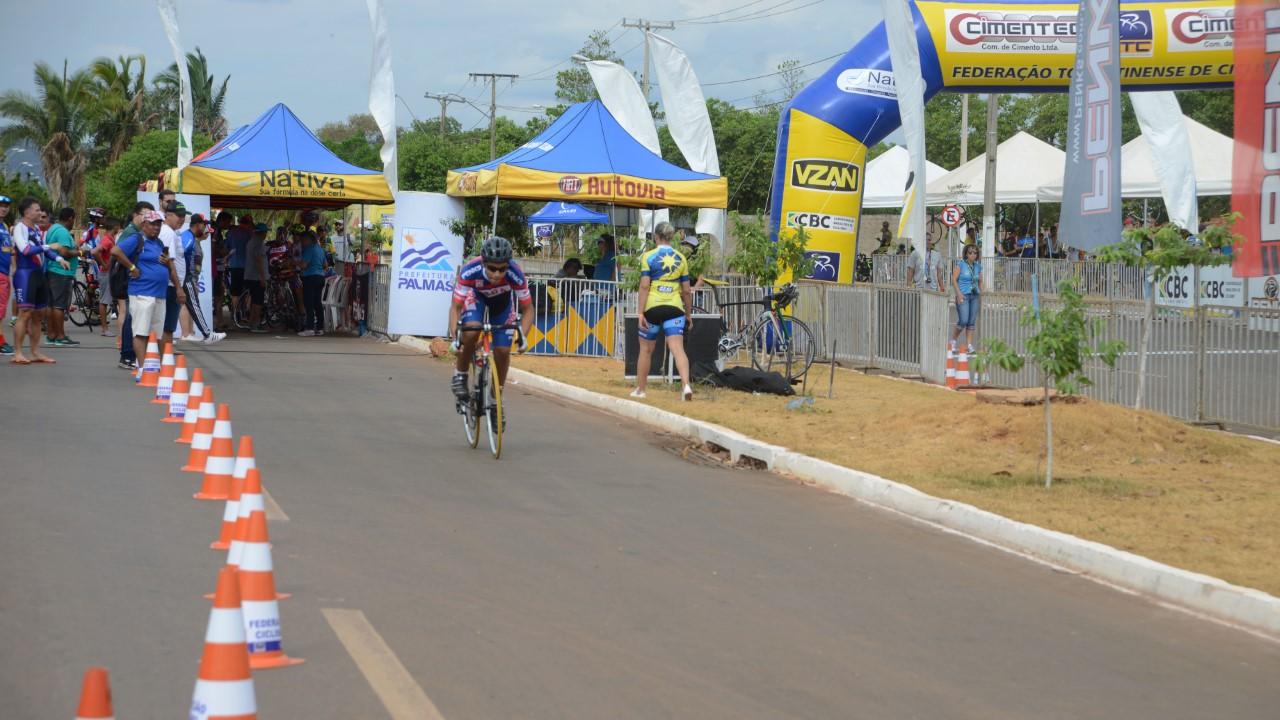 Atletas da elite brasileira participam da 41ª edição da Copa Norte e Nordeste de Ciclismo de Estrada em Palmas