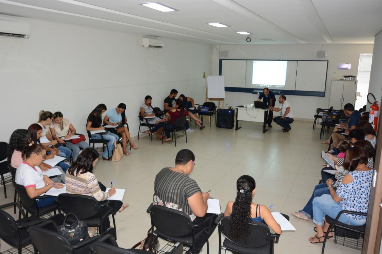 Profissionais da Saúde de Paraíso (TO) participam de capacitação sobre atendimento público