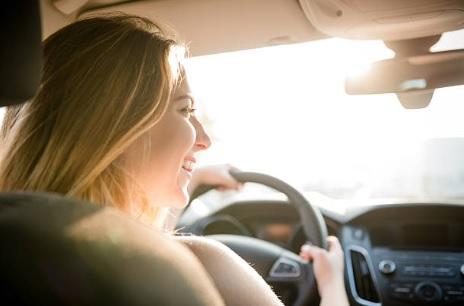 A importância da saúde dos olhos para os motoristas nas estradas