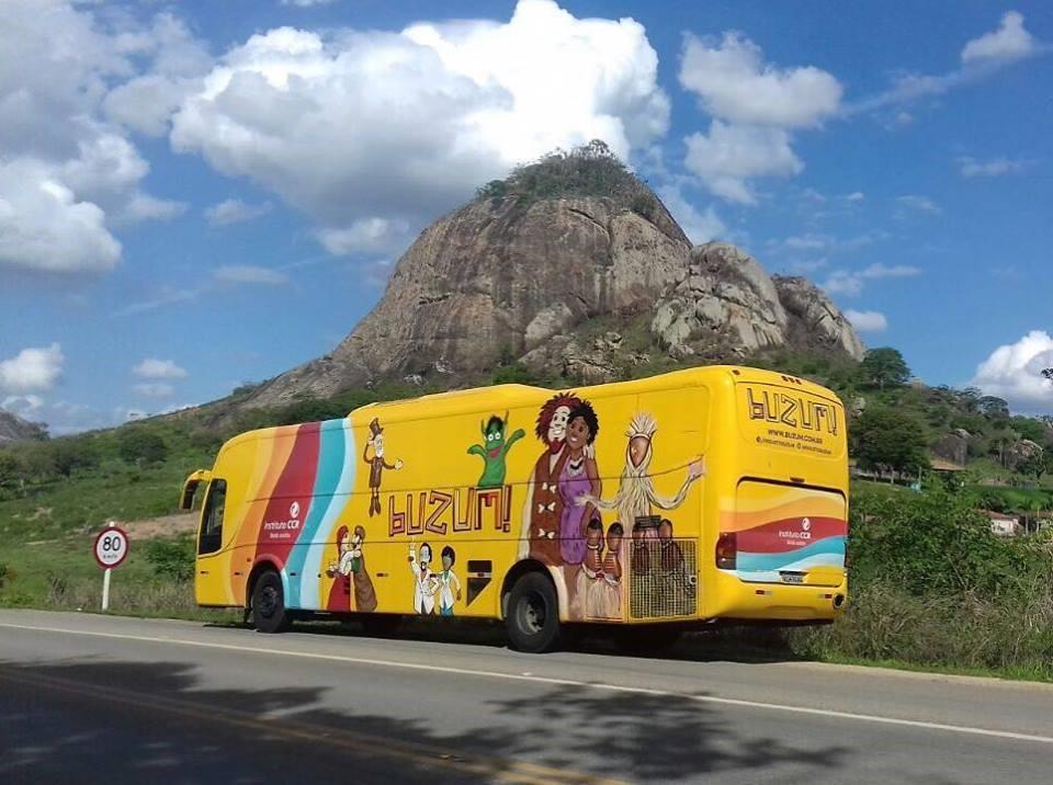 BuZum! apresenta o espetáculo Sabor de Vitória, sobre a alimentação saudável, em Lavrinhas (SP)