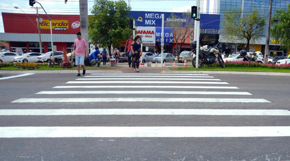Direitos e deveres do pedestre também é foco da Semana Nacional de Trânsito em Palmas