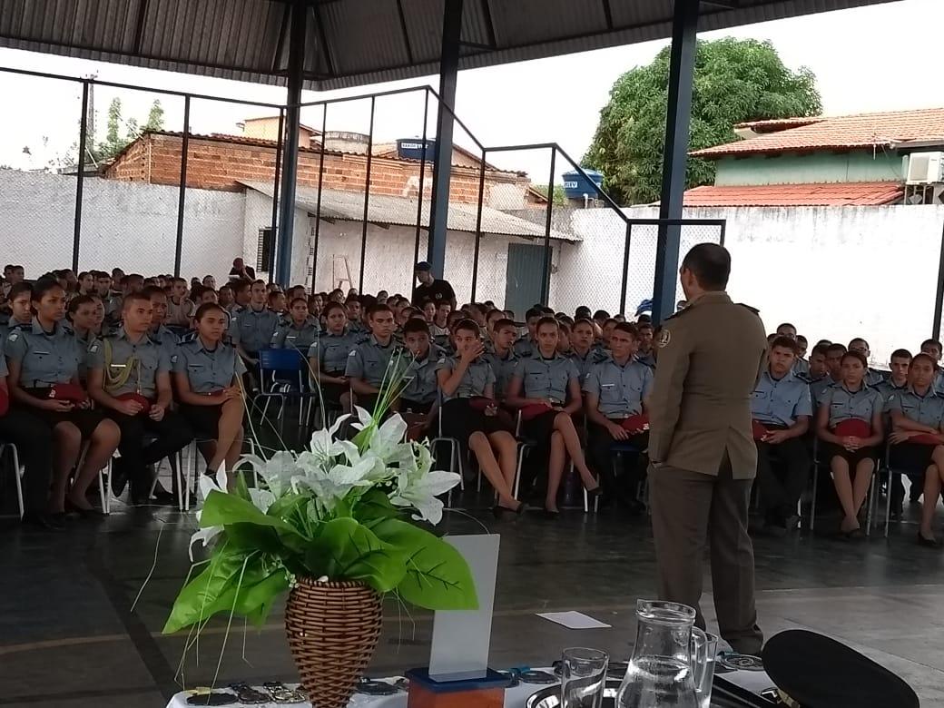 PM realiza palestras em Araguatins com o tema: Meu projeto de vida