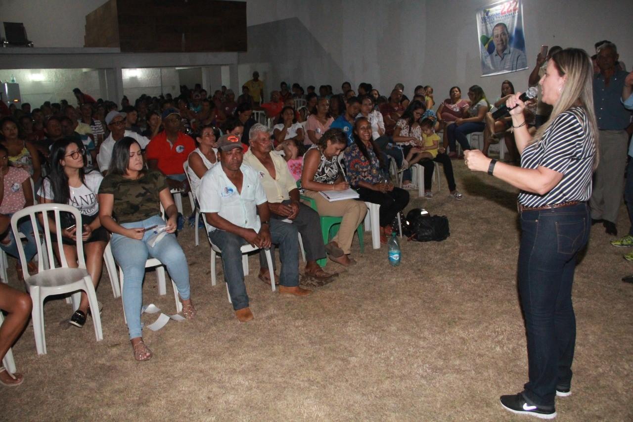 Presidentes de bairros e apoiadores políticos participam de reunião de Dulce Miranda em Gurupi