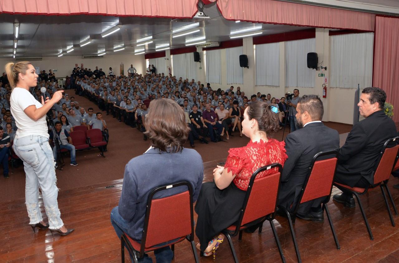 Luana Ribeiro participa da aula inaugural do Curso de Formação do Sistema Penitenciário