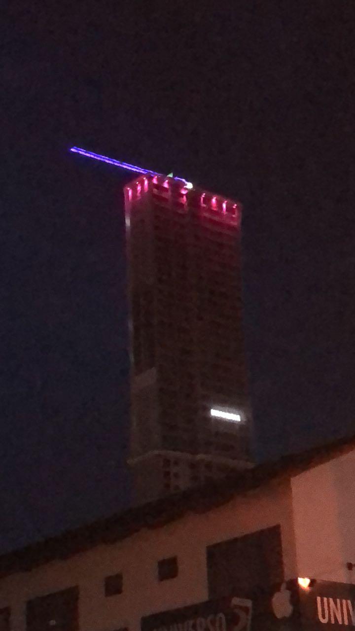 Maior torre residencial de Goiânia adere à campanha Outubro Rosa