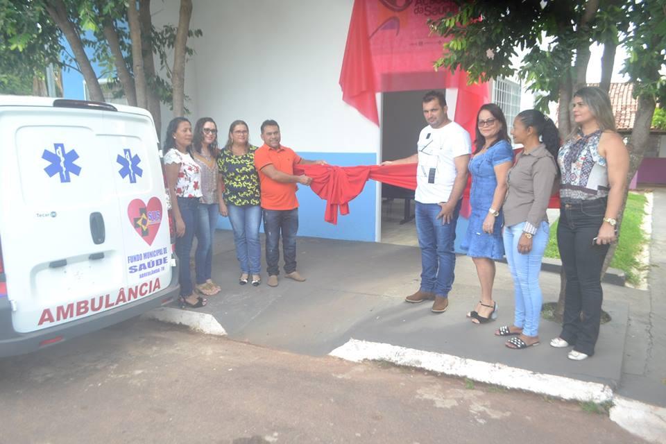 Prefeito e secretária de Saúde de Abreulândia entregam academia da saúde e ambulância à comunidade