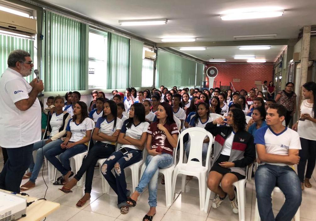 Estudantes participam da Semana Nacional de Ciência e Tecnologia na UFT em Araguaína