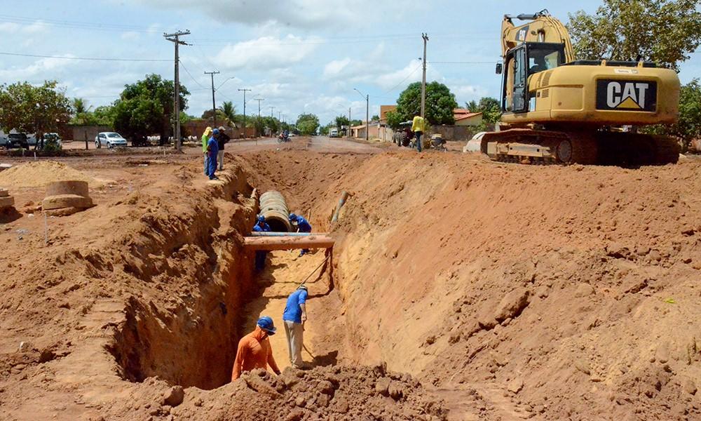 Obras de drenagem e pavimentação asfáltica no setor Taquari estão a todo vapor