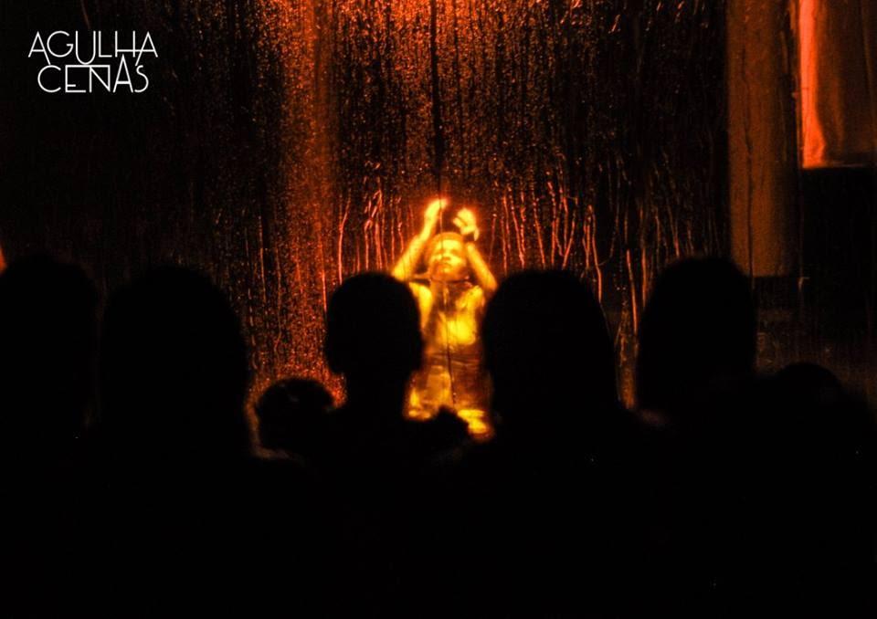 Agulhas Cenas se apresenta com espetáculo de dança-teatro em Paraíso do Tocantins