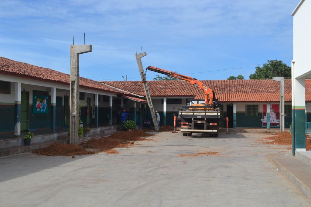 Prefeitura de Paraíso (TO) inicia obras de cobertura de áreas de lazer em três escolas municipais