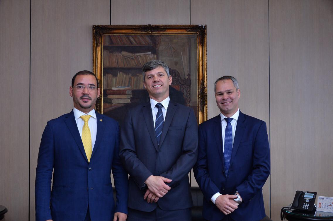 A convite do deputado Vicentinho Júnior, ministro dos Transportes inaugura obra em Taguatinga nesta sexta,14