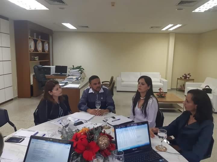 Prefeitura de Cristalândia propõe convênio para manter funcionamento da Escola Paroquial São Francisco de Assis