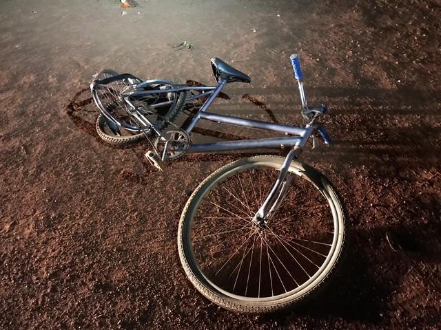 Ciclista fica ferido ao ser atropelado perto da ponte que liga Palmas a Paraíso do TO
