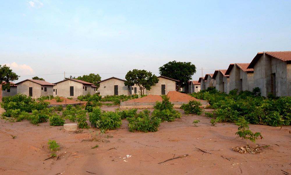 Governo vai retomar obras de casas populares no Setor Taquari