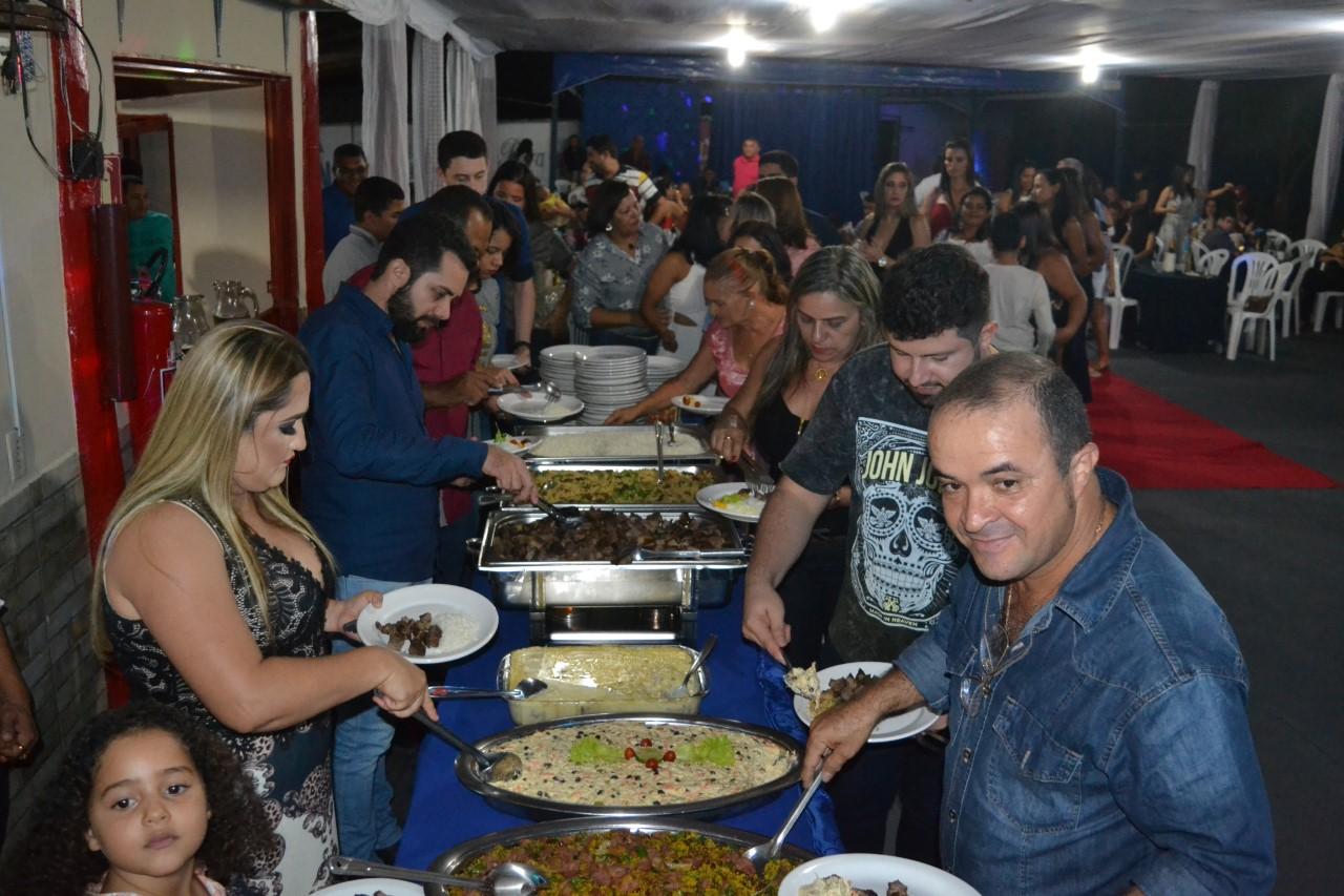 A Família 8º BPM realiza mais um momento festivo com sua tradicional festa de Confraternização de Final de Ano.