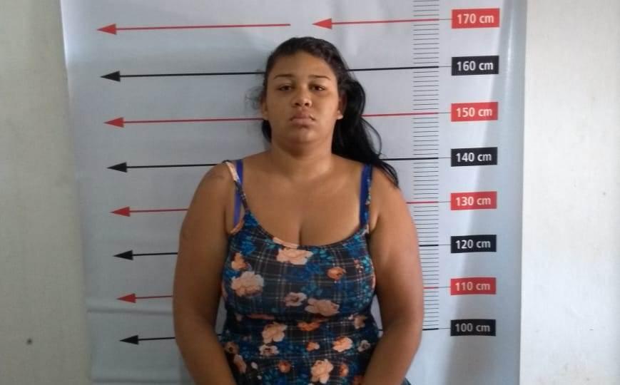 Mulher é presa após tentar entrar na unidade prisional de Paranã com drogas